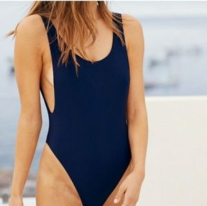 Aerie low scoop one piece